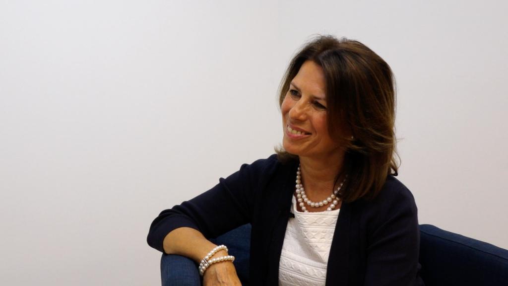 Dr. Angela Stöger-Frank, die Leiterin des Evidenzbüros des BFG, im Interview mit Mag. Roland Macho. (Bild: © Linde Verlag)