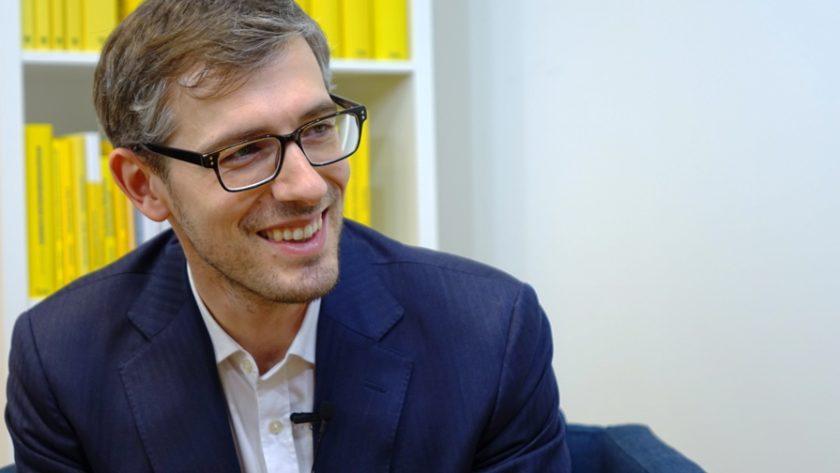 """""""Von der neuen Regierung sind einige interessante und wichtige Impulse im Steuerrecht zu erwarten"""" - Dr. Andrei Bodis. (Bild: © Linde Verlag)"""