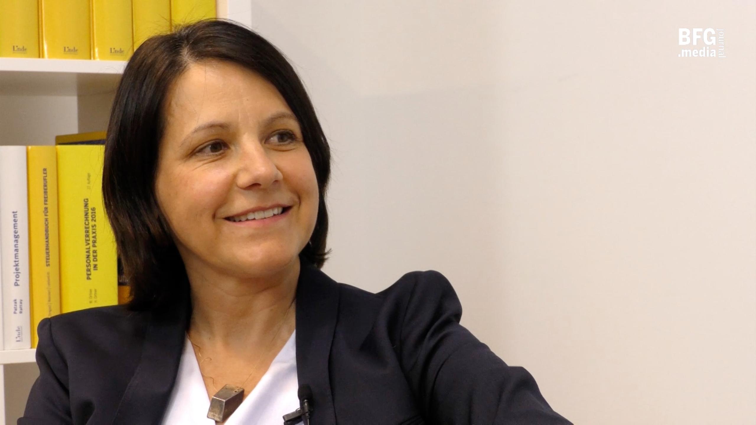 Mag. Sieglinde Moser ist Steuerberaterin und Wirtschaftsprüferin. (Bild: © Linde Verlag)