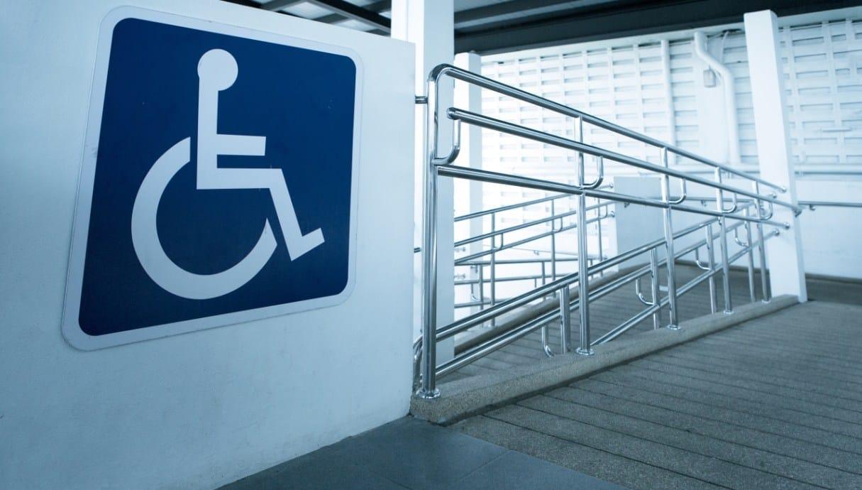 Feststellung der Ausgleichstaxe nach dem Behinderteneinstellungsgesetz für das Kalenderjahr 2020. (Bild: © iStock/Bill_Vorasate)
