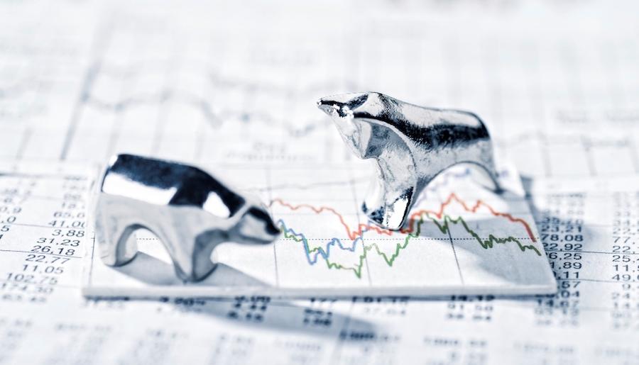 Kritiker werfen Scholz vor, nur Aktiengeschäfte besteuern zu wollen. (Bild: © iStock/gopixa)