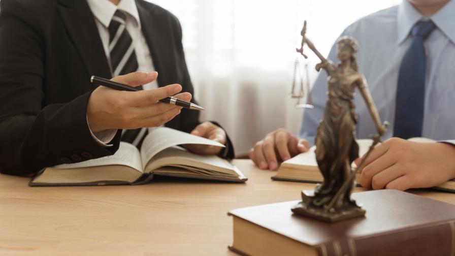 BVwG: Kein gesondertes Auskunftsrecht bei Akteneinsicht. (Bild: © iStock/utah778)